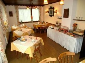 Frühstücksraum 1
